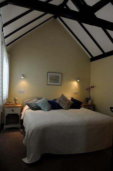 Zip Link Beds >> Viking Cottage - Sleeps 2-4 - Canute Cottages